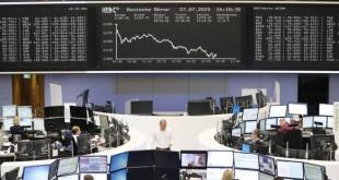Les Bourses européennes maintiennent leurs pertes à la mi-séance